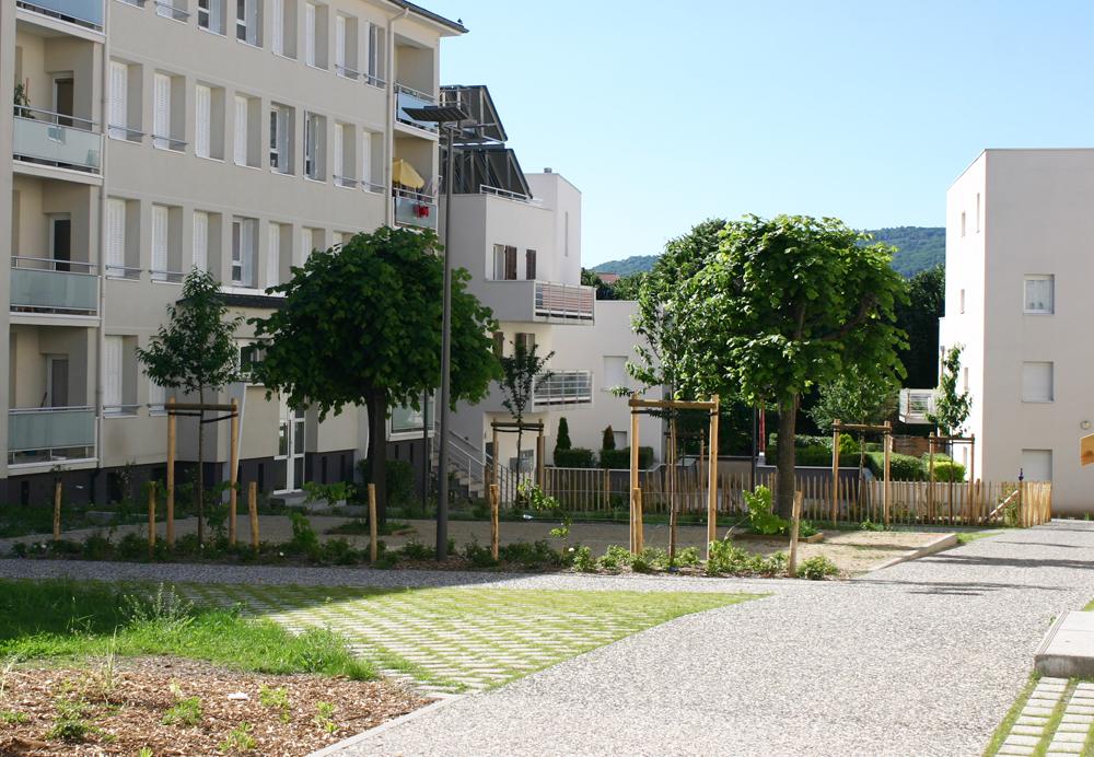 a3 paysage residentialisation 250 logements quartier saint jacques sud a clermont ferrand. Black Bedroom Furniture Sets. Home Design Ideas